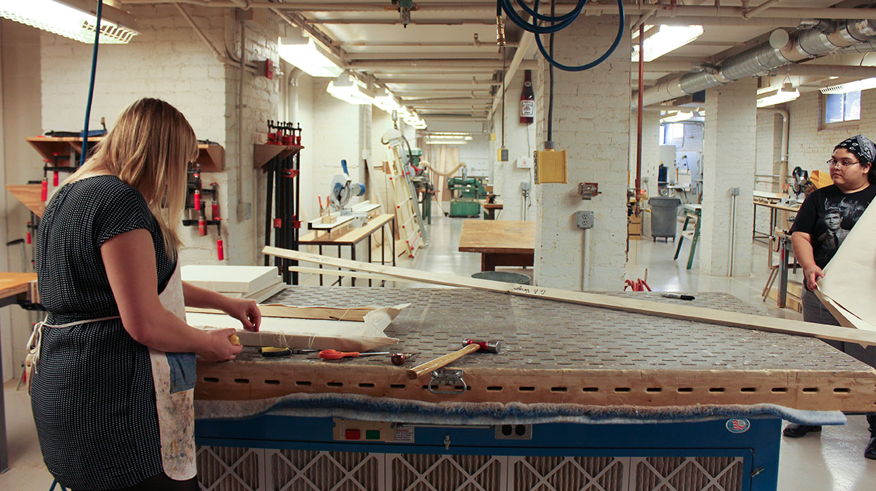 Image of the Fabrication Space in Richards Hall