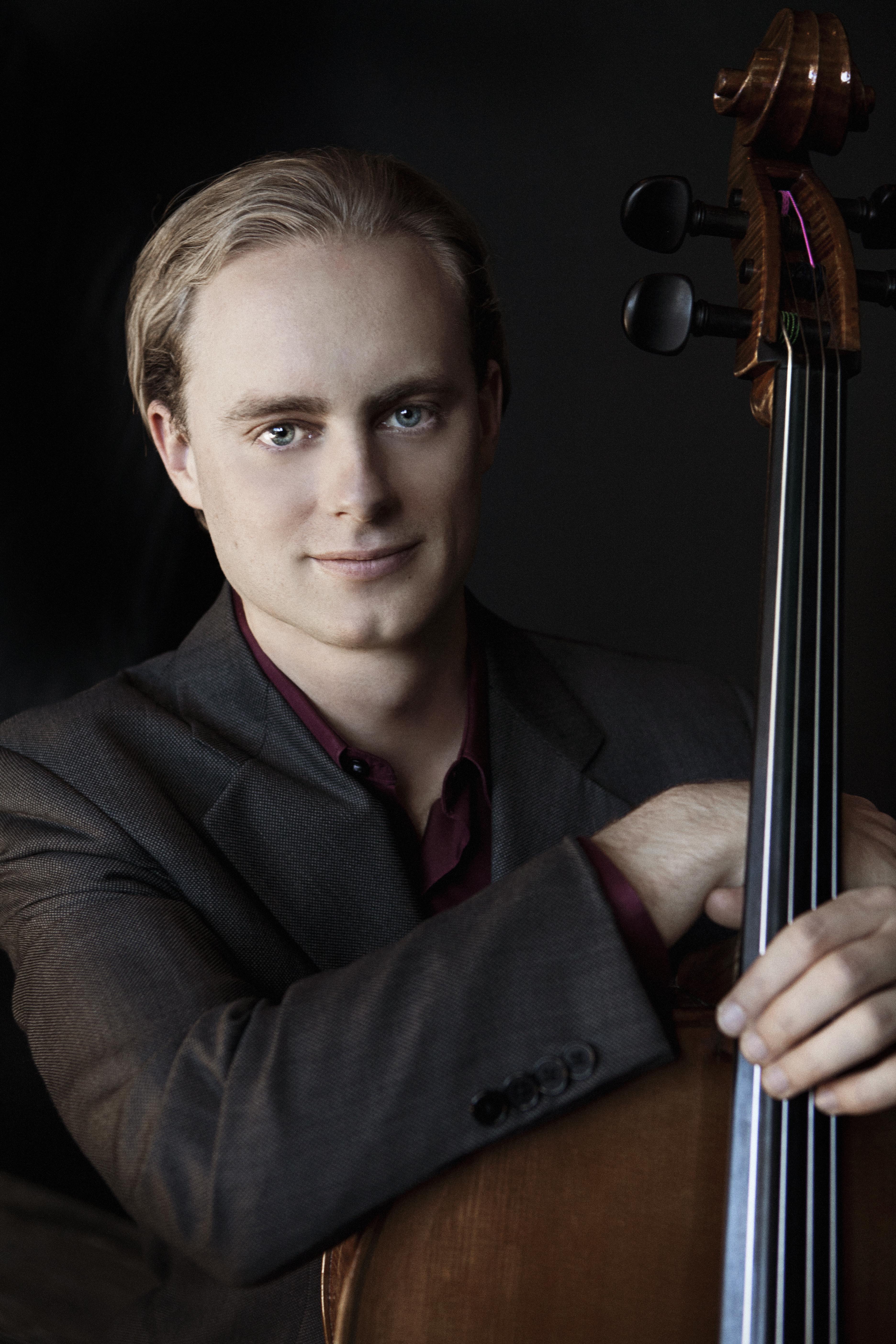 Gregory Beaver, cello