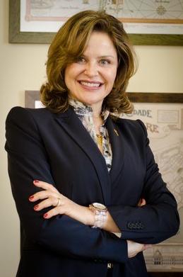 Dr. Liane Hentschke