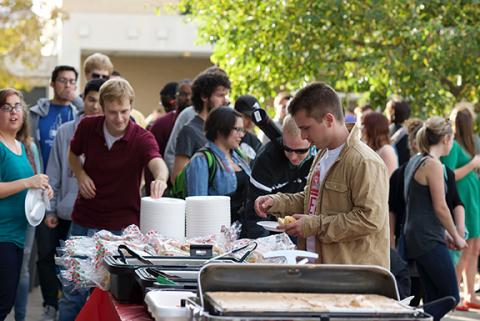 Students from the Hixson-Lied College of Fine and Performing Arts and College of Architecture came together for food, fun and music at the Friday Fusion Tailgate in the Arts Quadrangle on Oct. 24.