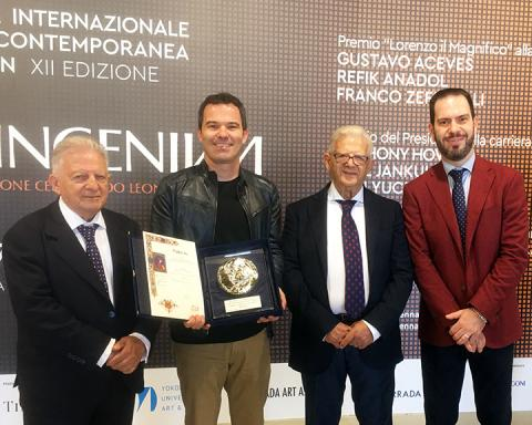 Francisco Souto (second from left) receives the Lorenzo il Magnifico Award for works on paper at the XIIth edition of the Florence Biennale in Italy.