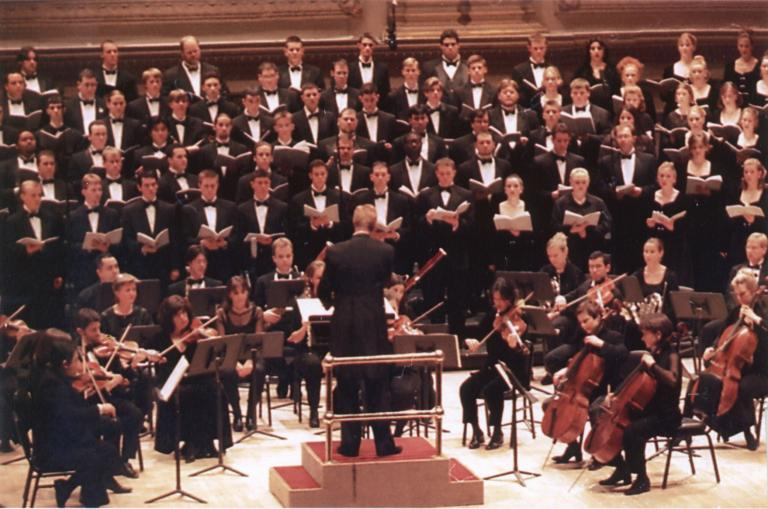 Eklund conducts the University Singers in Carnegie Hall in 2001.