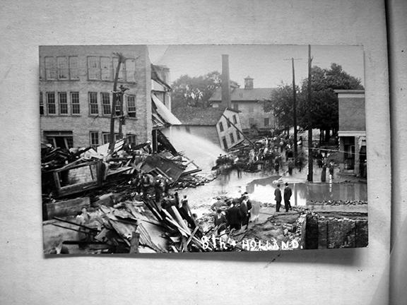 A photo from the Mill Creek flood of 1915 in Erie, Pennsylvania.