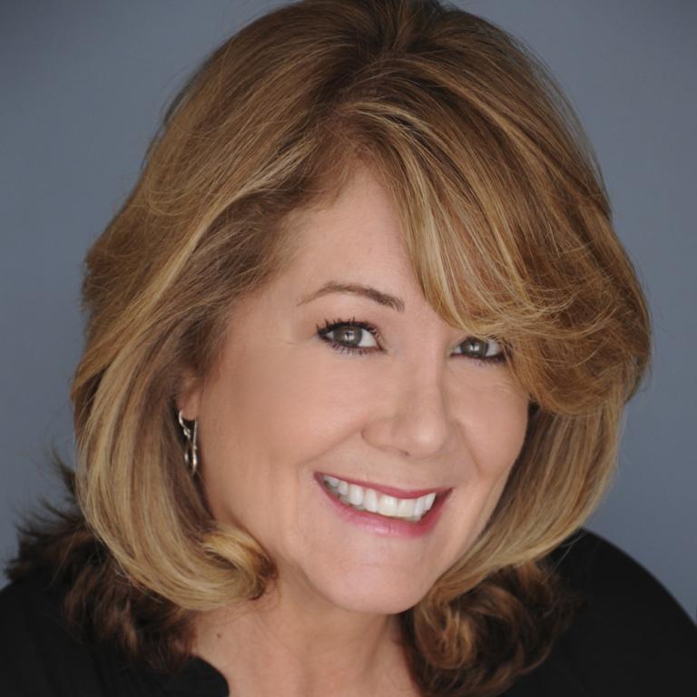 Julie Uribe