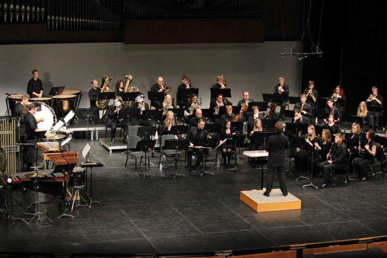 UNL Wind Ensemble Performs on Kimball Stage