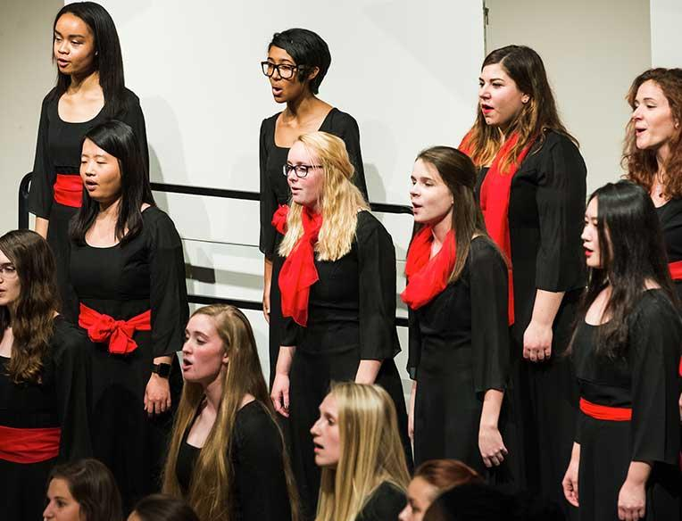 Women's Chorale performance image