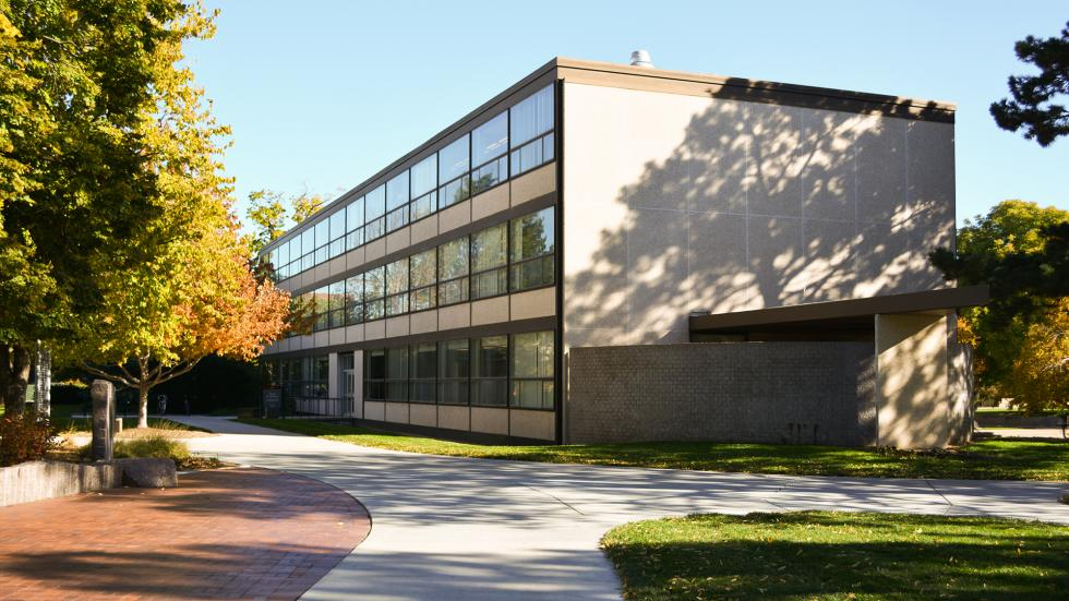 Woods Art Building